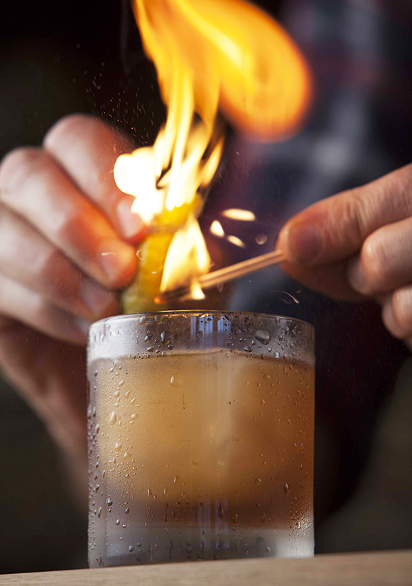 campfire-sling-cocktail-water-grill